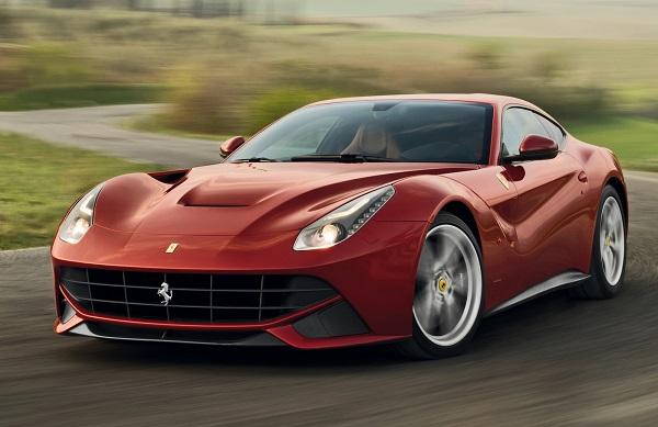 Ferrari-F12berlinetta-in-motion
