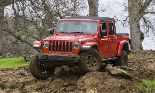 image-of-gladiator-jeep-2020