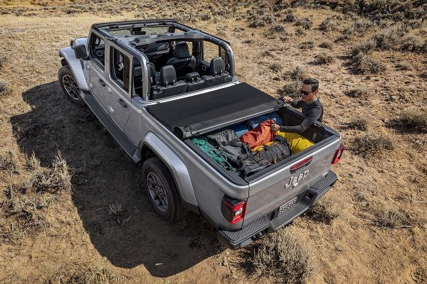 image-of-topless-2020-gladiator-jeep