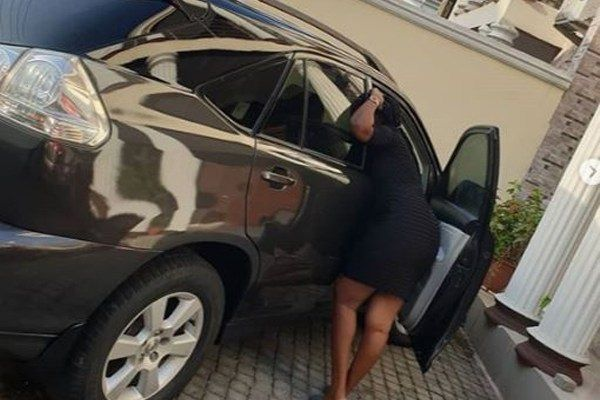 image-of-ajebo-wife-and-Lexus RX 330
