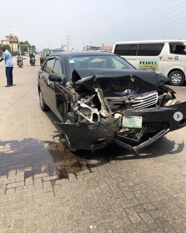 Funny-Toheeb'-car-is-heavily-damaged-after-the-accident