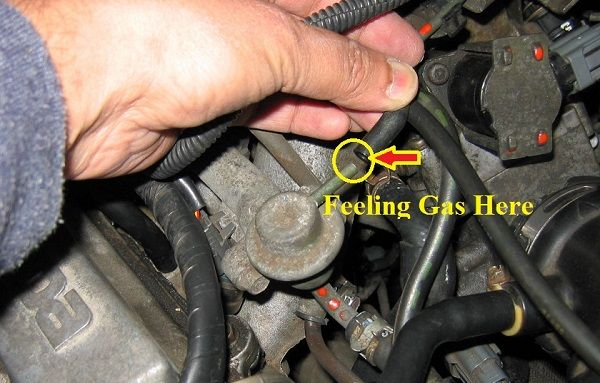 Leaking-fuel-pressure-regulator