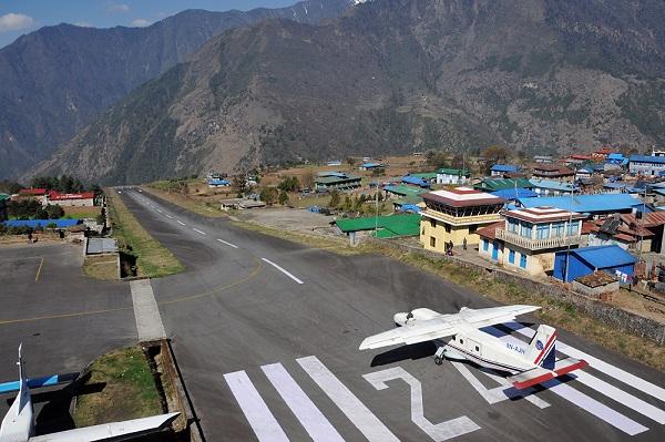 image-of-lukla-airport-runaway