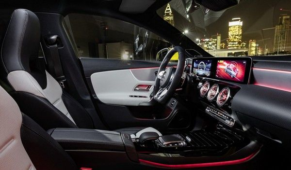 Mercedes-AMG-CLA-35-interior