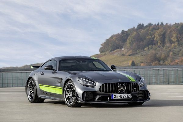 image-of-/mercedes-amg-gt-r-pro