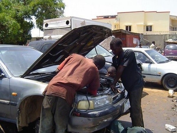 car-mechanic-in-Nigeria