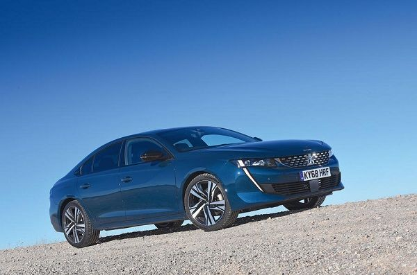 View-of-the-Peugeot-508