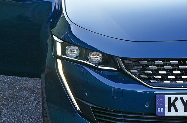 Front-of-Peugeot-508