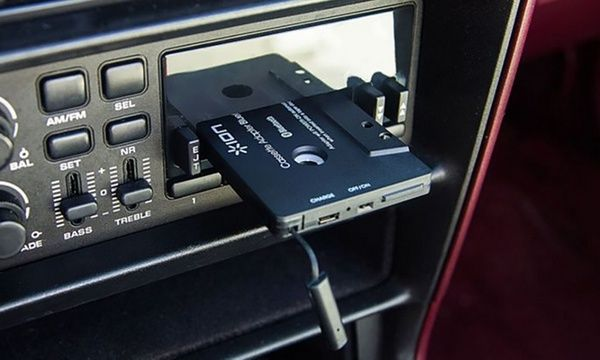 Bluetooth-cassette-adapter-in-car