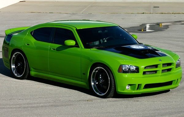 2010-Dodge-Charger-SRT8
