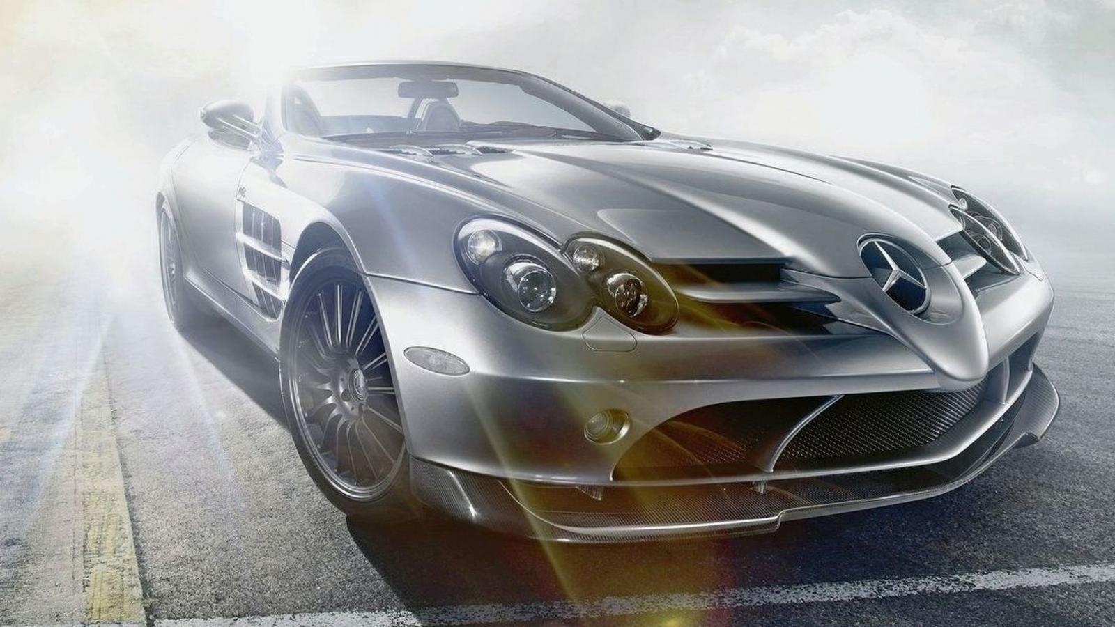 Mercedes Benz SLR Mclaren angular front