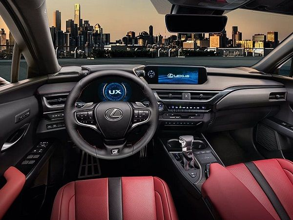 the-steering-and-dash-with-lexus-on-screen