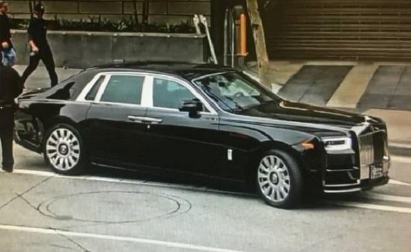 Floyd-Mayweather's-Dented-Black-Rolls-Royce-Phantom