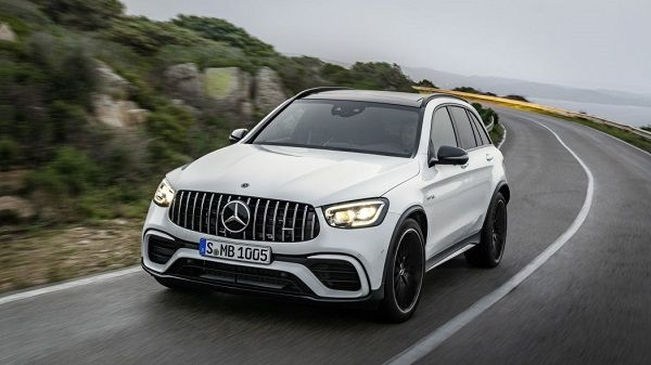 2020-Mercedes-AMG-GLC-63-SUV-02