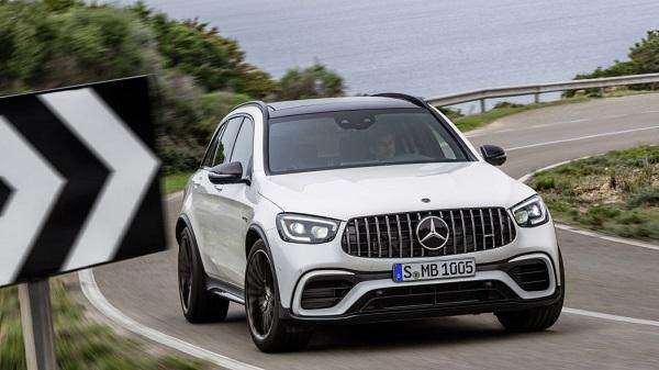 2020-Mercedes-AMG-GLC-63-SUV-03