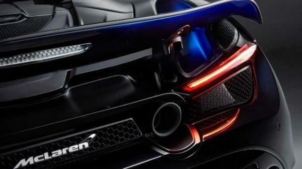 McLaren-720S-Spider-rear-design