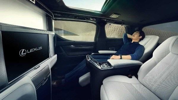image-of-lexus-lm-minivan-interior