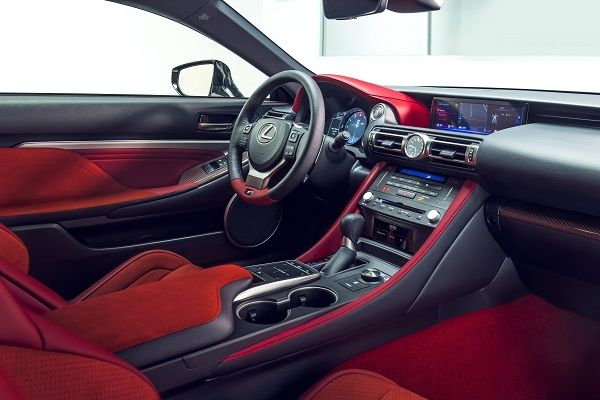 the-front-red-seats-and-steering-wheel
