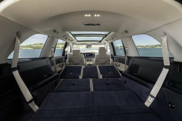 2020-Mercedes-Benz-GLS-SUV-interior-Cargo-mode