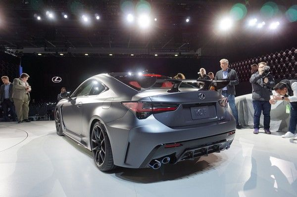 2020-Lexus-RC-F-rear-design