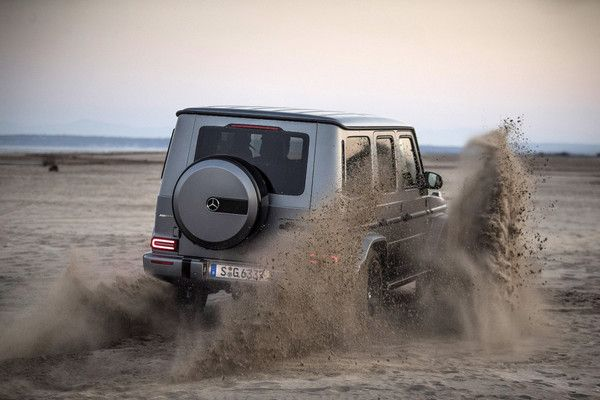 Mercedes-AMG-G63-off-road-abilities
