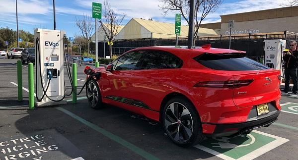 image-of-jaguar-i-pace-at-ev-charger