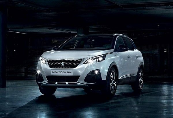 angular-front-of-a-Peugeot-3008
