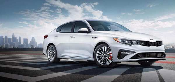 KIA-Optima-2019-ready-for-test-drive