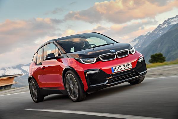 200-BMW-i3