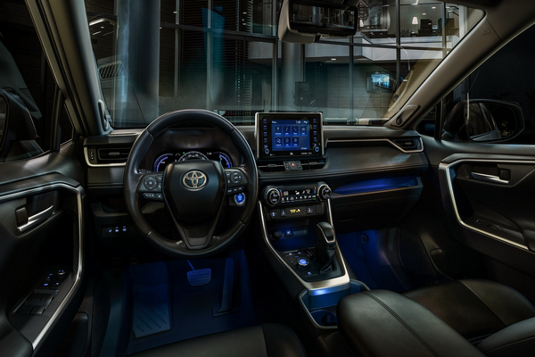 Dashboard-view-of-the-RAV4
