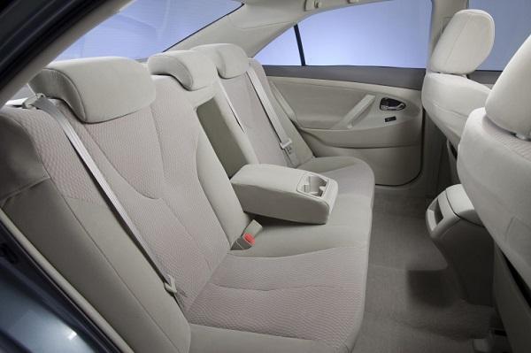 image-of-camry-2011-interior
