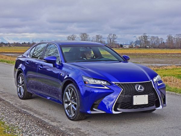 Blue-lexus-gs-test-drive