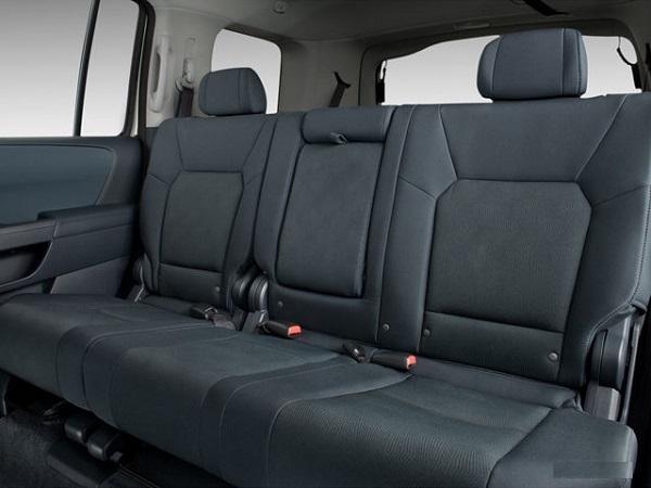 2010-Honda-Pilot-7-Seats