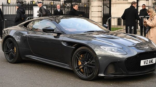 David-Beckham-and-Aston-Martin-Vanquish