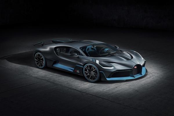plan-view-of-the-Bugatti-Divo