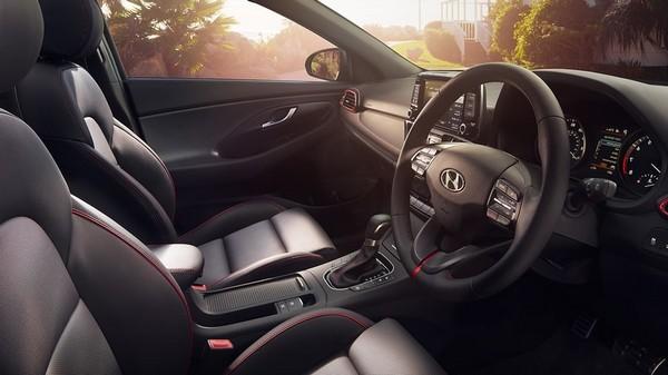 Hyundai-Tourer-i30-inside