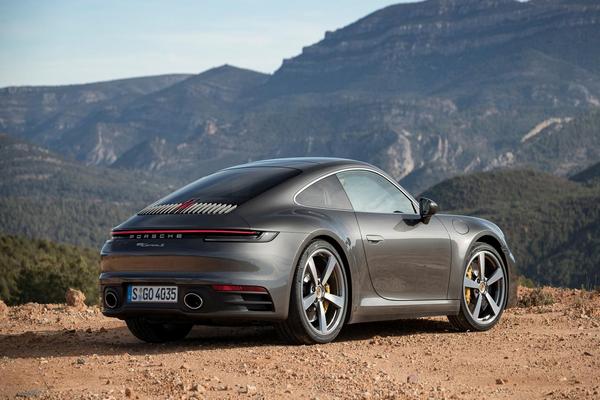 Porsche-Carrera-S