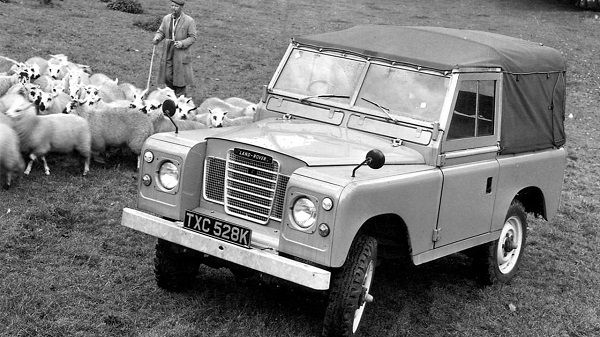 open-roof-Series-III-Land-Rover