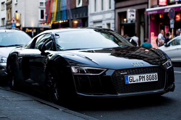a-black-Audi