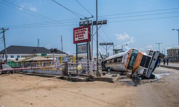 Fallen-tanker-Nigeria