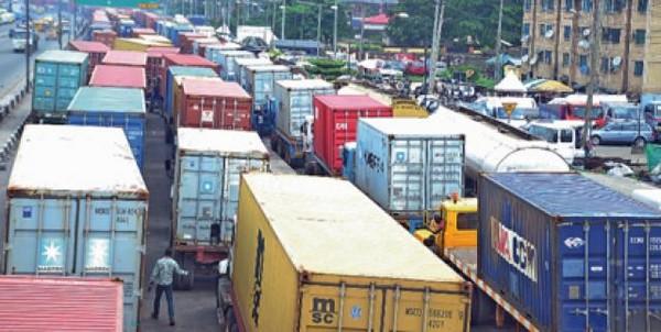 containers-in-ojuelegba-bridge-area