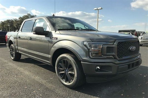 The-Ford-F-150-Lariat
