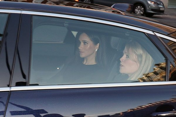 Meghan-Markle-and-woman-in-car