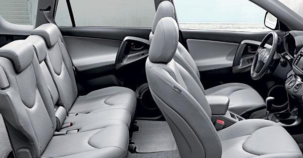 Seats-of-2007-Toyota-RAV4