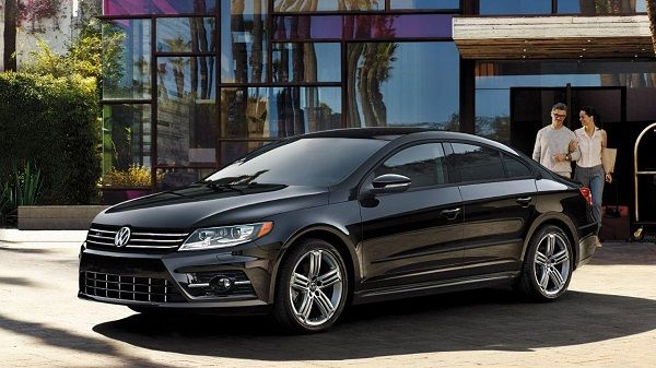 angular-front-of-a-Volkswagen-CC