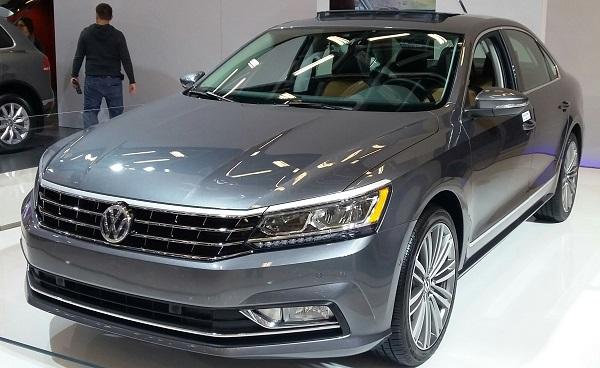 angular-front-of-the-Volkswagen-Passat