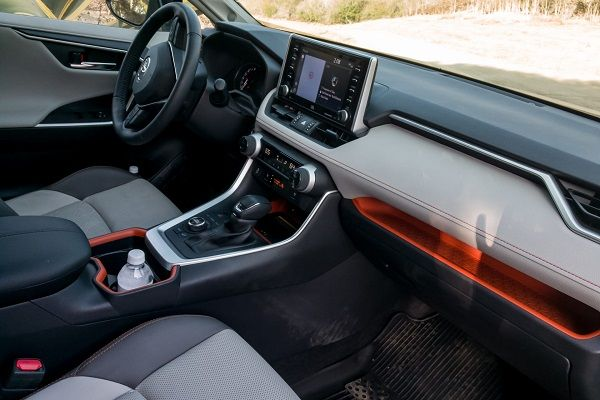 image-of-rav4-dash-2019