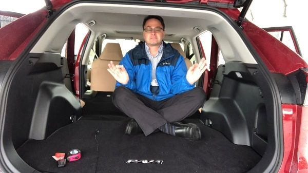 image-of-2019-rav4-cargo-space