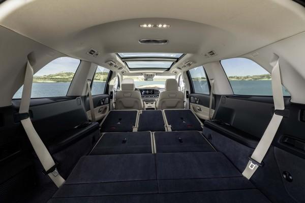 mercedes-gls-2019-cabin