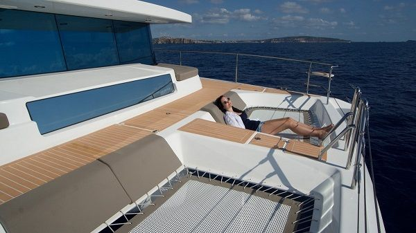 Girl-lying-in-yacht